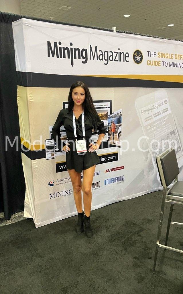 Trade Show Model Gloria